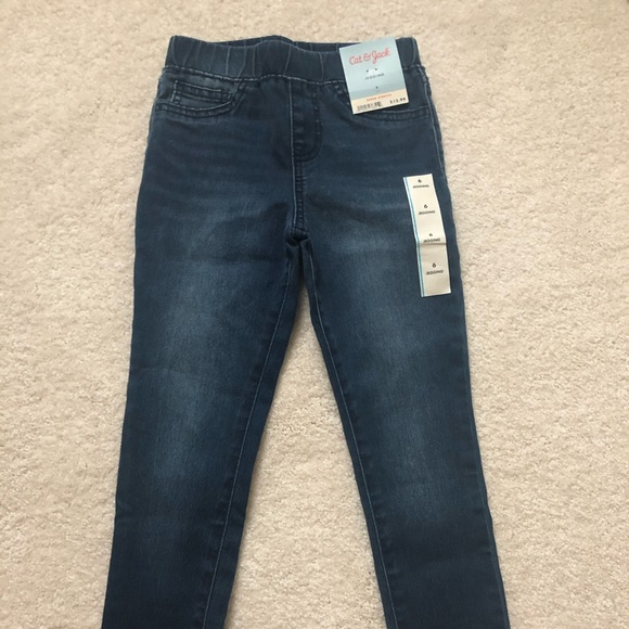 Cat & Jack Other - Girl's jeggings size 6
